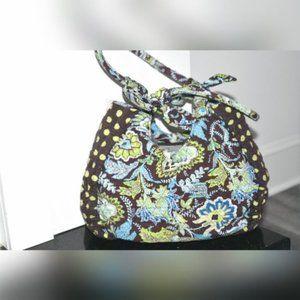 BELVAH Quilted Shoulder Bag